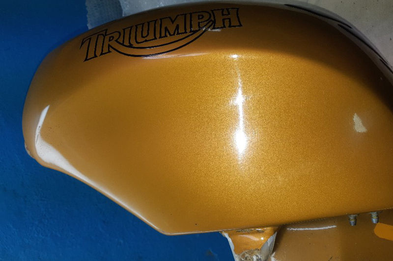 Photo gallery, manufacture and repair of attachments to the flowing tank for motorcycles