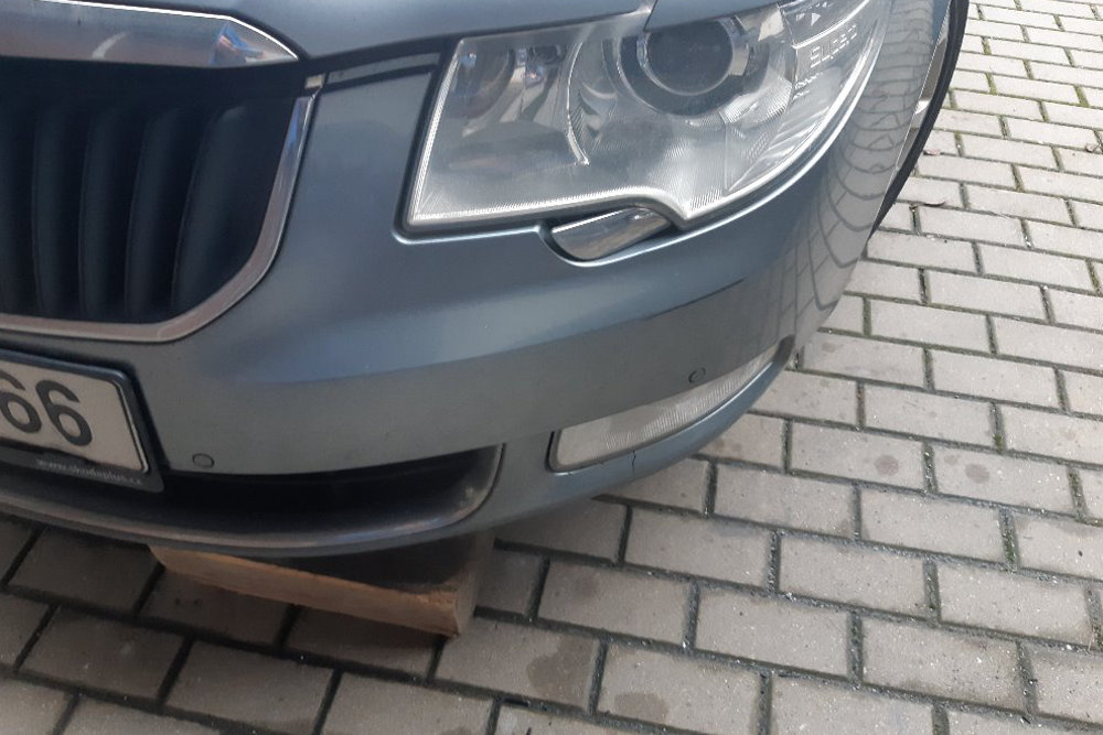 Photo gallery, repair of Škoda Superb light