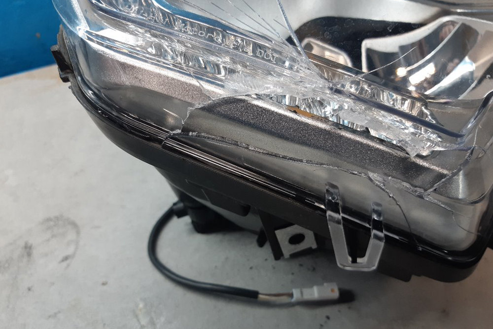 Photo gallery, emergency repair of moto light KTM