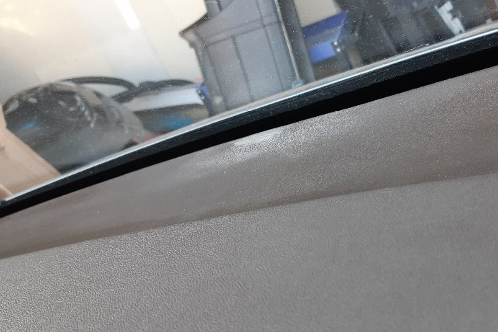 Repair of backgammon in the dashboard Citroen C5